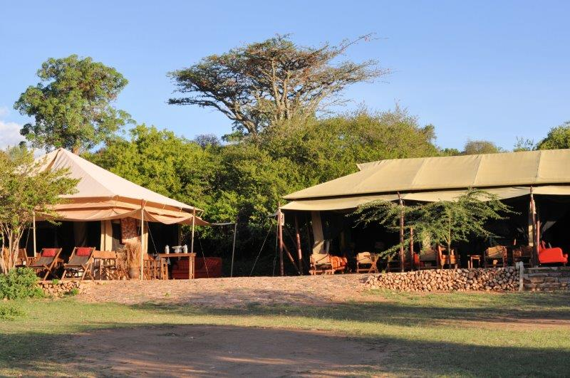 Eastern dining bar tents