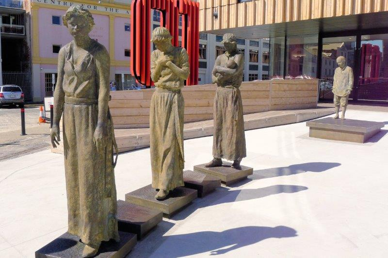 sculpture of women prisoners in Hobart